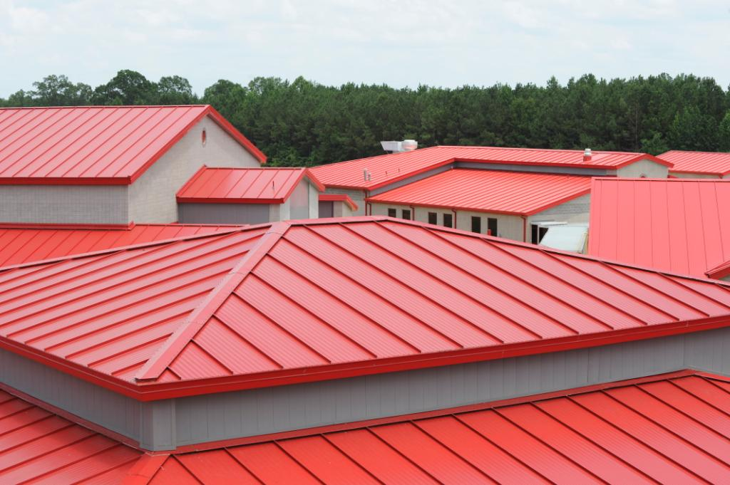 Several Types of Roofing Sheets That You Can Use on Your House